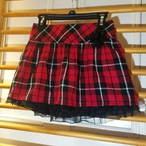 Red Plaid Holiday Skirt 7/8 - Black Gold Layered
